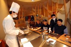 1日にリニューアルオープンした北海道ホテルの鉄板焼き専門店(助川かおる撮影)