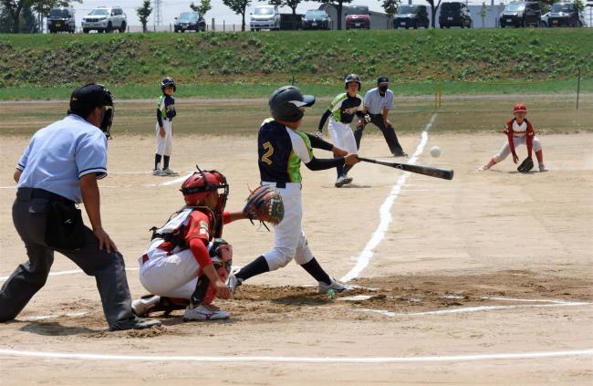 緑ケ丘優勝 4-2豊成 帯広市少年野球大会