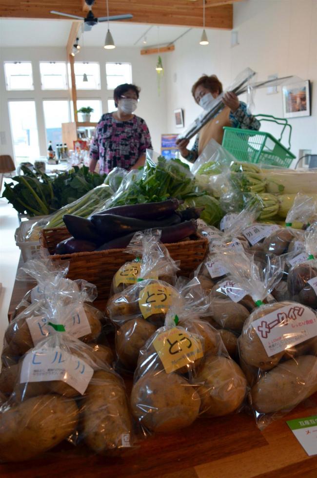 毎週木曜に地場産野菜販売 豊頃・ジュエリーハウス