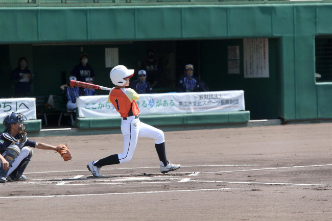 稲田4年ぶりV 5-1明和 財団杯少年野球