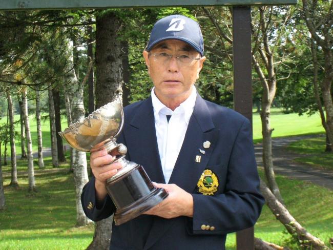 サホロCC選手権 前道シニアとグランドシニア2冠 レディースは滝口9連覇