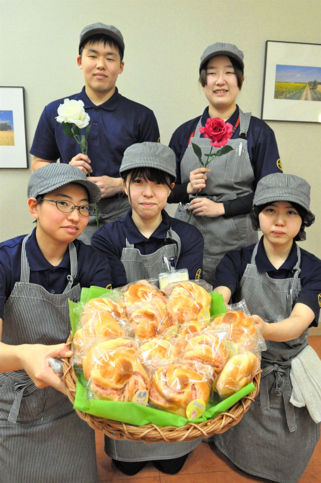 ローズアンパンを期間限定発売―満寿屋商店