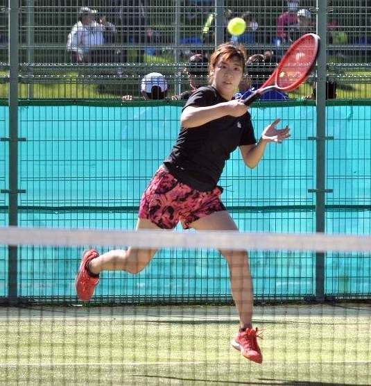 一般女子は辻本V、男子は石塚制す 全十勝テニス単選手権大会