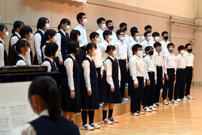 マスク越しの合唱、息ぴったり 帯広市内の中学校で文化祭シーズン