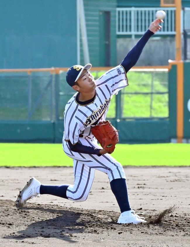 白樺学園の左腕エース石上快投、守備も無失策で支え8強入り 秋季道高校野球大会第3日