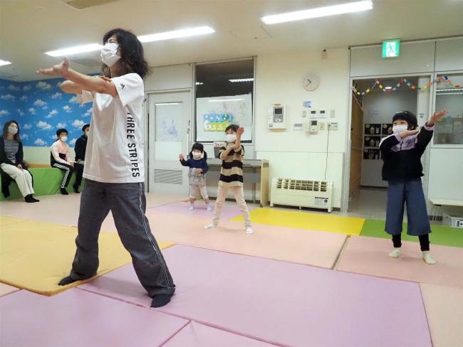 子ども向けダンス教室が好評 帯広のしゅがーはーとキッズアカデミー