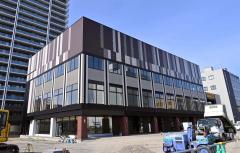 旧帯広経済センタービル3・9店舗棟(中央)