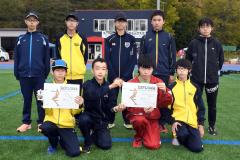 男子2部4位の十勝陸上クラブ。前列左が3区区間賞の大友悠輝