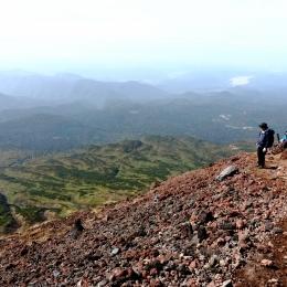 旭岳8合目付近から南方の眺め